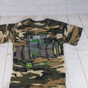 John Deere Boys 5/6 T-shirt Green camo Tractor